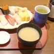 七里ガ浜の料理番さらいで、たまにはたこまぶしを食べないこともある