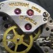 ウォルサム婦人物手巻き時計を修理です