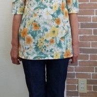 Tシャツ(生徒作品)と、Tシャツの型紙について
