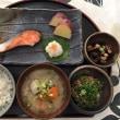 休日ランチ☆具沢山の豚汁付~焼き鮭定食☆