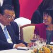 李克強中国首相が初の来道、桧山産のナマコなど道産水産物で歓迎