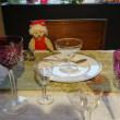 「オールドバカラ」のグラスが豊富に揃う「京都美商」。25日まで魅力的なクリスマスセールを