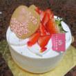 誕生日にはデコレーションケーキ