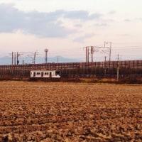 今日の近江鉄道走る…