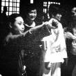 闘神伝説~李小龍(102)アンジェラ・マオが「死亡遊戯」撮影中セットを訪問していた証拠写真発掘!!