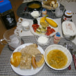 吉祥寺リンデの4種のパンとプレッツェルで朝食♪