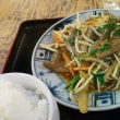 習志野市 京成大久保まんぷく食堂 ニラレバ定食と珍味ミミガー