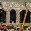 この町は本当に自転車が多い