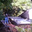 台風の後片付け          Un grand nettoyage dans le jardin après le typhon