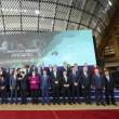 文在寅、国際社会からハブられるww・・・「ASEM儀典チームのミス」…文大統領、首脳団体写真の撮影に間に合わず