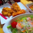 チキン、海老と春雨のサラダ