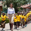 メラニア夫人が猛批判の対象に アフリカ訪問に向け「植民地支配の服」選択で / アフリカ四ヶ国歴訪