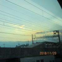 車窓からの夕陽