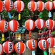 灯籠に明かりが入る頃の取材撮影(伊勢市・猿田彦神社)