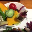 今日のランチはハート形の野菜付き