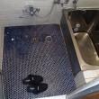 ヒヤリとしない「サーモタイル ミルキーDXⅡ」 浴室床の定番商品に改修しました
