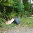 「路上不法投棄物等回収運搬業務」の車に会いました !