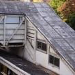 木造の御茶ノ水駅跨線橋。