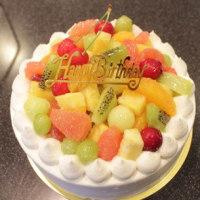 フルーツ生クリームデコレーションバースデーケーキ