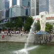 ずぶ濡れシンガポール紀行 (3) マーライオンパークから船でマリーナベイサンズへ