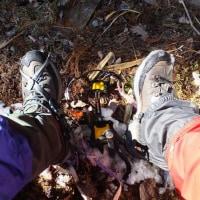 今年の甲信、上越山旅の長距離歩行で質の良い靴と靴下が活躍!粗悪品ミズノの靴下や粗悪品トレクスタの靴では遭難したかも