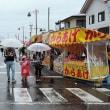 会津坂下の秋祭り(Ⅲ)雨降る午後を楽しんで