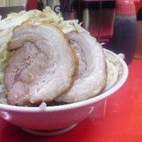 八王子田田の小ラーメンの、ニンニク野菜辛めなり。久々の二郎インスパイア系