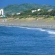 『賑わい』 こゆるぎの浜