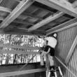 屋根と板塀