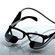 眼鏡型ウエアラブル端末 使えば視力4.0 倉庫業に メガネスーパー…
