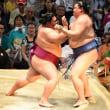 「御嶽海が単独トップ「流れる相撲」自画自賛の6連勝」とのニュースっす。