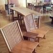 70、【一粒で二度おいしい!?】低めの一枚板テーブルスタイルから生まれる家族 団らん&くつろぎ時間。 一枚板と木の家具の専門店エムズファニチャーです。