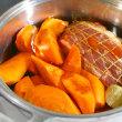 人参と豚肉の醤油煮