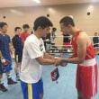 ボクサー同士が練習試合で腕を磨く