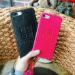 ジバンシィ 革製 IPhone7ジャケット Givenchyブランド 安いジャケット チェーン 浮き彫り IPhone7プラスケース カップル ペアケース 赤 黒
