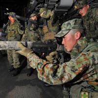 自民党・・・「実力組織」9条明記検討 自衛隊を戦力と区別