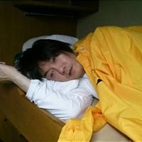 歌手キム・ジャンフン「<丶`∀´> 哀れな日本人。安倍は日本の災難。必ず歴史の審判受ける」