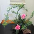 和室の床の間でも ピンクのバラは 華やか!