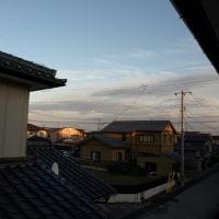 夕陽をあびている建物