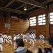 オリブ祭で、少林寺拳法部が演武披露。