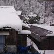 シンシンと雪降り積もる