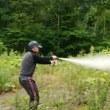 熊撃退スプレー噴射テスト