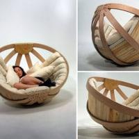 鳥の巣型ソファー