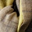 羊毛手紡ぎのスーツとマフラー