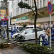 〇【80歳代の運転】・・・・車が自然と歩行者方向にブレーキをアクセル踏み続け7人怪我の大暴れの85歳容疑者逮捕