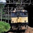 横軽廃止から20年 碓氷峠を下る上野行き189系特急あさま