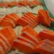 噴火湾直送「秋鮭」&「生筋子」で「秋鮭(ルイベ)」自家製「いくら醤油漬け」「鮭とば」!!刺身と手作り干物の専門店「発寒かねしげ鮮魚店」。