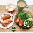 手作りパンの朝ごはんと カフェっぽいお皿