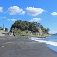 10月のカバー画像「腰越海岸」