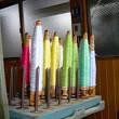 手織り、機械織り。ジャガード織の動画アップですー